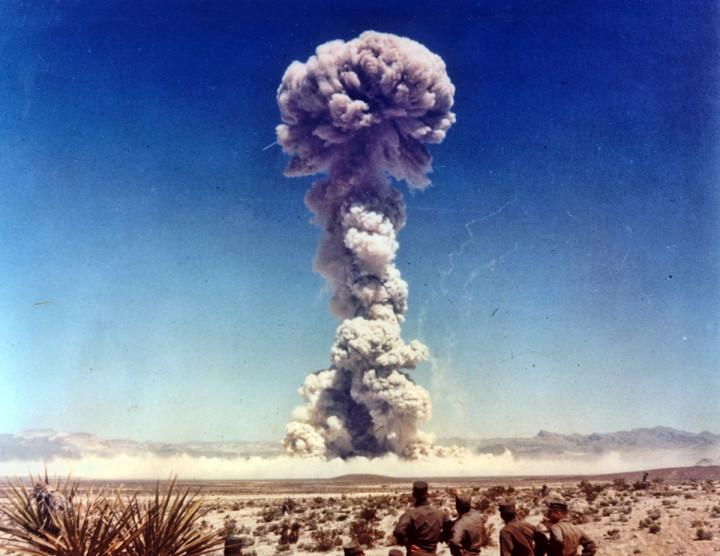 Airdrop atomic bomb