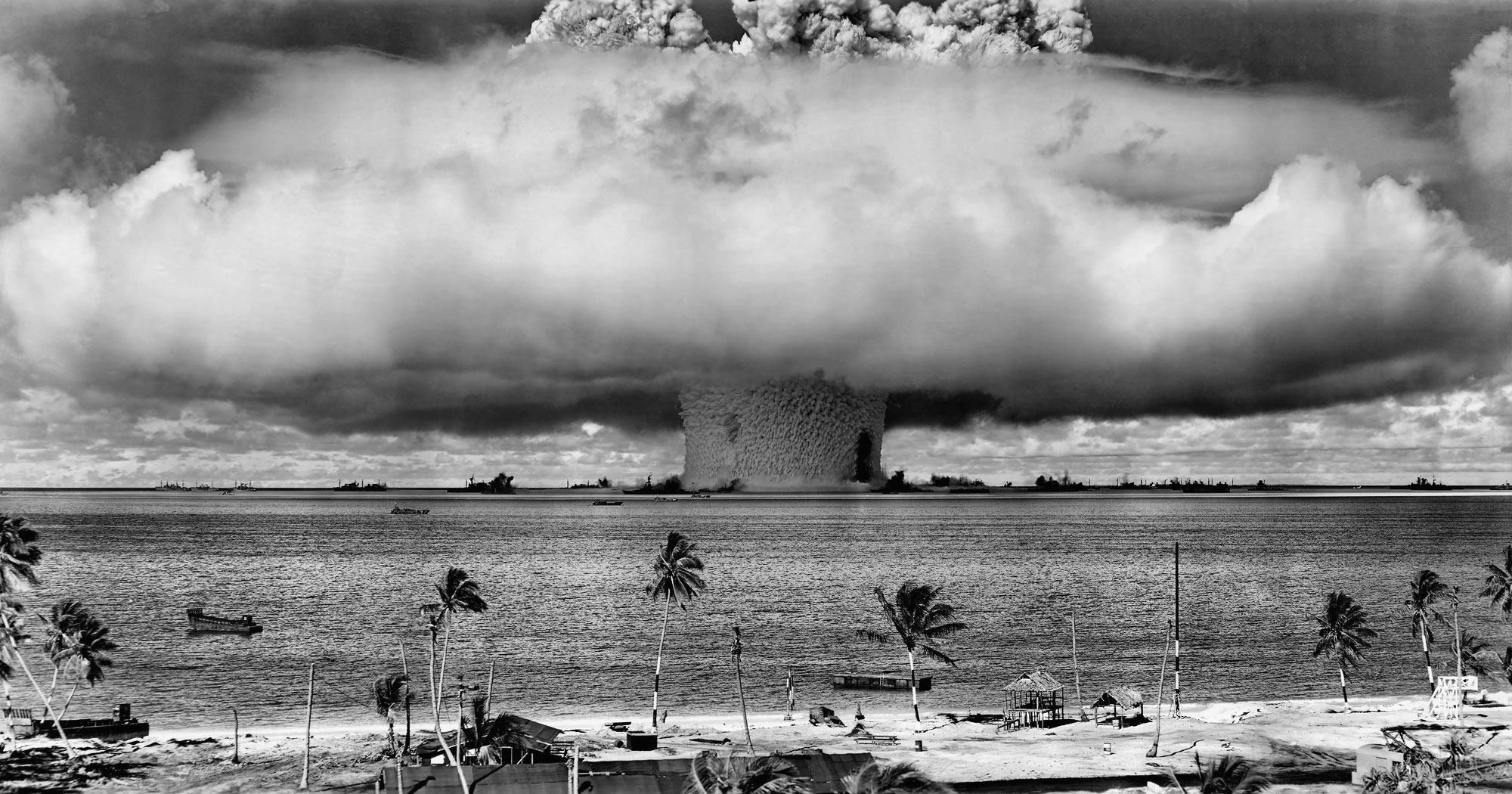Seemorerocks: The Day After - on the threat of nuclear weapons