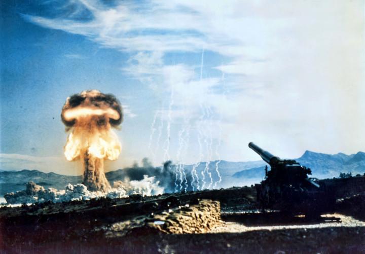 Atomic cannon nuke