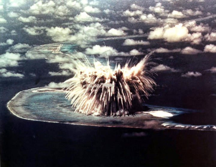 Surface nuclear explosion